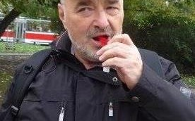 Doc. MUDr. Ladislav Horák píská pro bezpečí